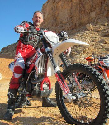LE DESERT A MOTO
